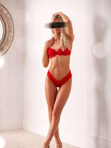 Sex ad by kinky escort Zoe (25) in Frankfurt - Foto: 4