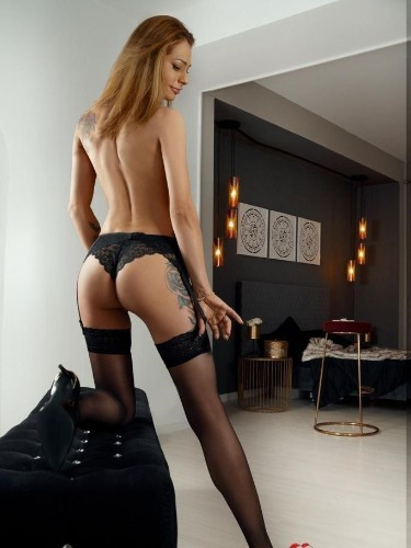 Sex ad by escort Evelyn (27) in London - Photo: 4