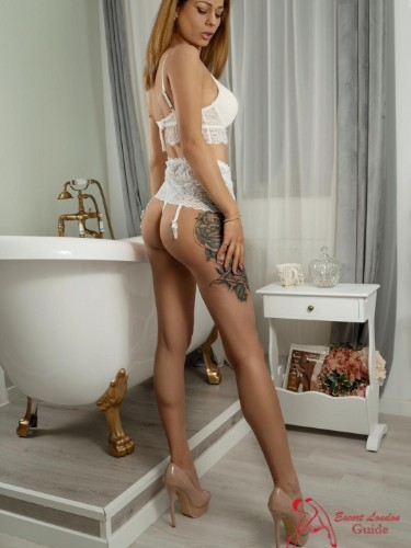 Sex ad by escort Evelyn (27) in London - Photo: 7