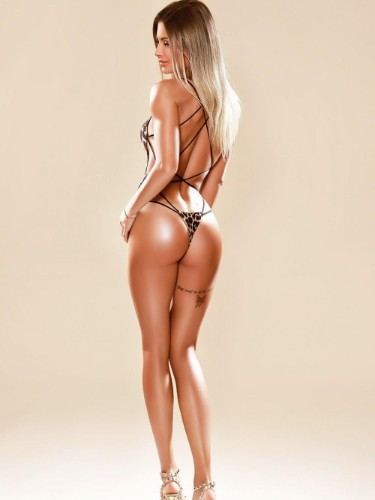Sex ad by kinky escort Airila (27) in London - Photo: 4