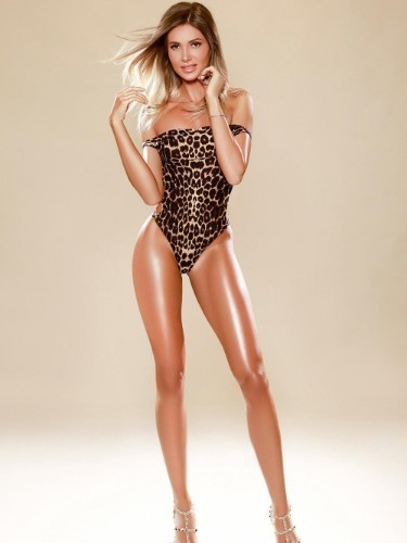 Sex ad by kinky escort Airila (27) in London - Photo: 3