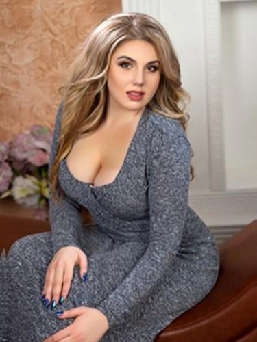 Alina (25) в Санкт-Петербург эскорт - Фото: 6