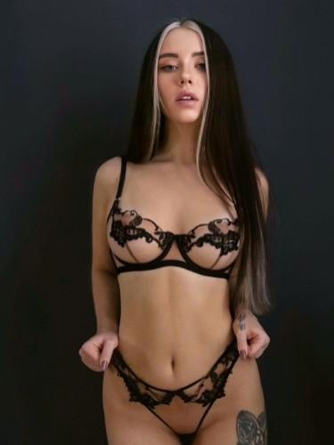 Sex ad by kinky escort Milana (21) in Shenzhen - Photo: 5