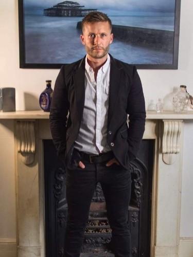 Escort agency London Privé in London - Photo: 7 - Axel Aces