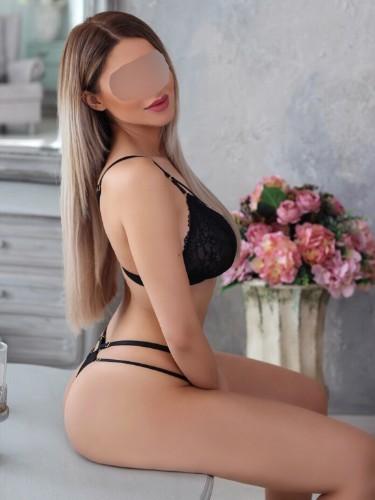 Sex ad by escort AliceBlonde (26) in München - Foto: 3
