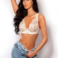 London Privé - Sex ads of the best escort agencies in Berkshire - Axelle