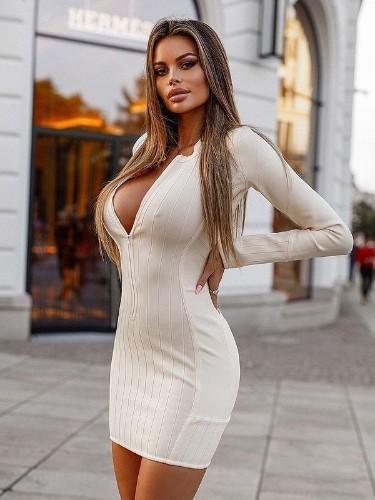 Oliviya (23) в Москва эскорт - Фото: 1