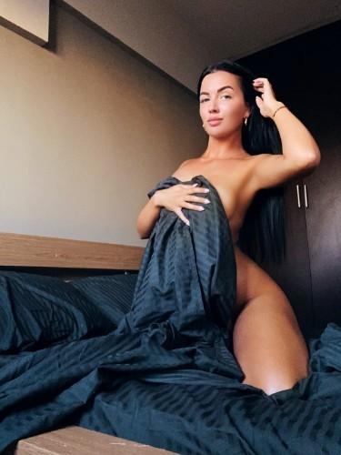 Sex ad by escort Alina (21) in Limassol - Photo: 2