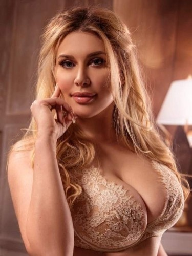 Sex ad by kinky escort Isabella (25) in London - Photo: 6