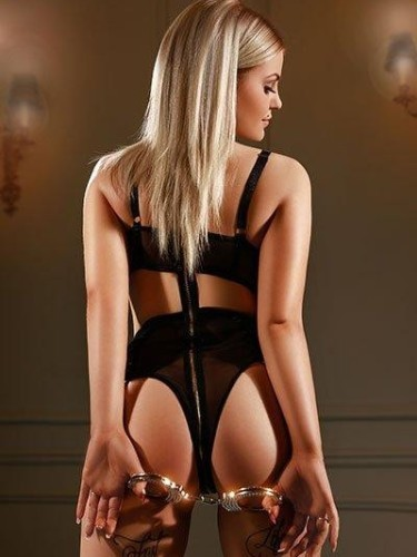 Sex ad by escort Nancy (22) in London - Photo: 5
