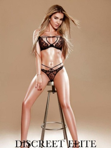 Sex ad by kinky escort Britney (21) in London - Photo: 6