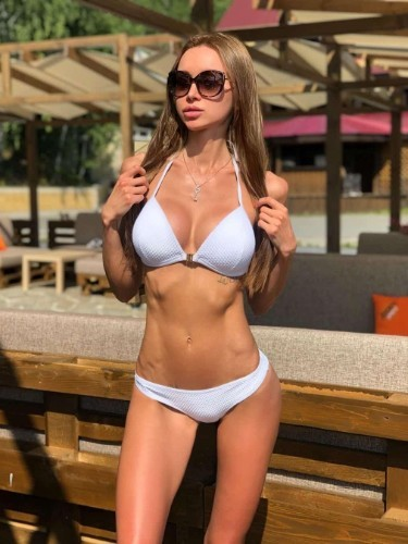 Masha (20) в Москва эскорт - Фото: 1
