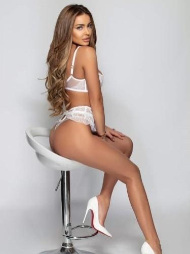 Sex ad by escort Celine (25) in London - Photo: 5