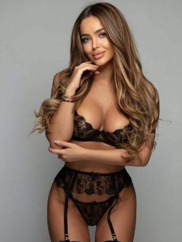 Sex ad by escort Celine (25) in London - Photo: 7