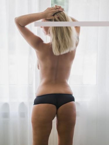 Sex ad by escort Fabienne (35) in Düsseldorf - Foto: 5