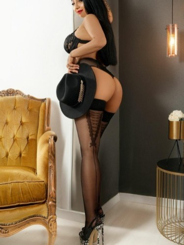 Sex ad by kinky escort Dominique (21) in London - Photo: 4