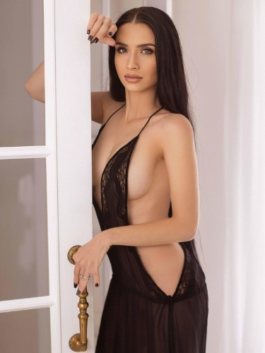 Debby (26) Escort Babe in Milan - Photo: 7