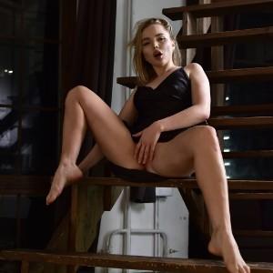 Victoria (22) в Москва кинки эскорт
